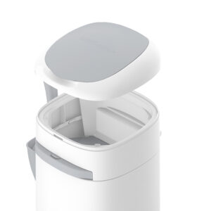 LitterLocker Cat Litter Disposal System Step 1