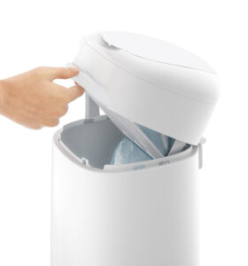 LitterLocker Cat Litter Disposal System Step 3